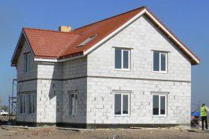 Преимущества строительства домов газобетонных блоков
