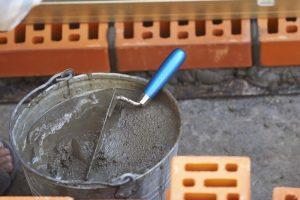 Какова роль песка при кладке кирпича
